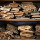 altes papier lost place - mario kegel photokDE