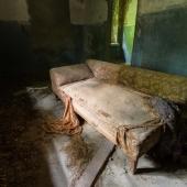 Sofa - Lost Place - Mario Kegel - photokDE